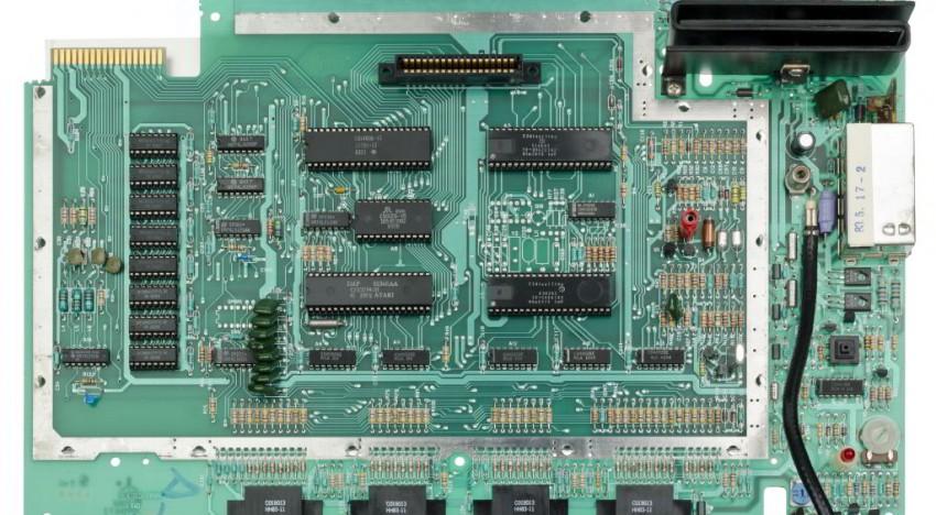 ATARI 5200 Mainboard