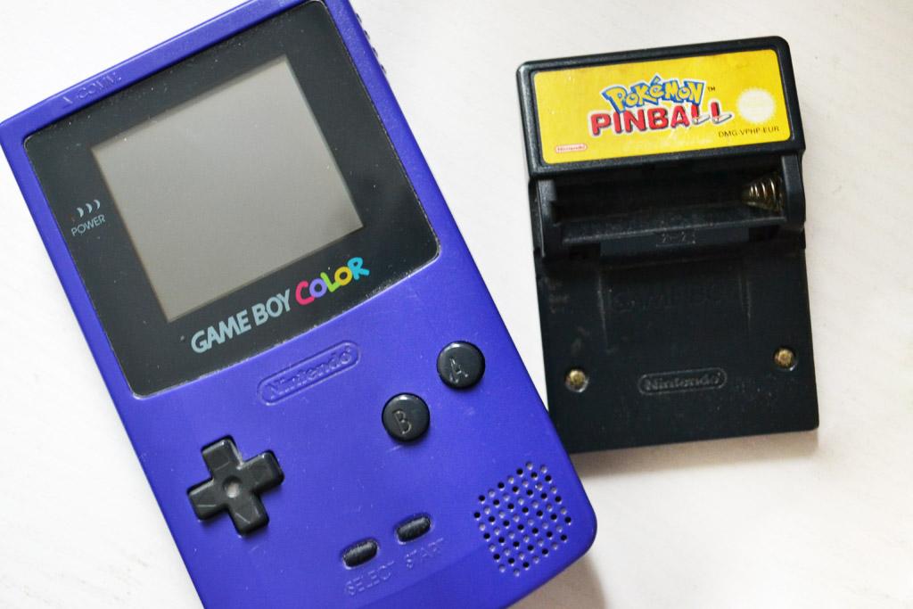 Wiedergefunden: Mein Game Boy Color mit Pokémon Pinball Cart